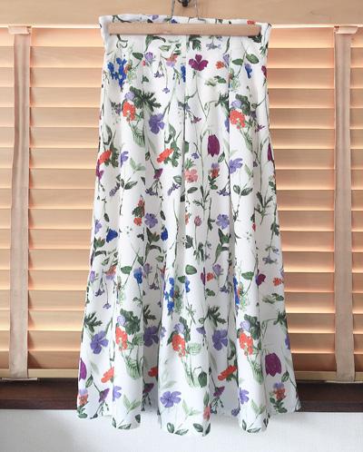 エアクロ3月花柄フレアスカート